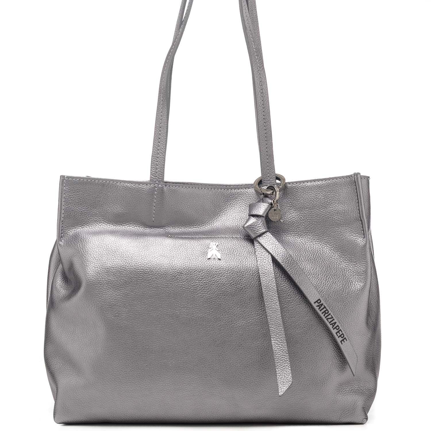 Borsa shopping in vera pelle con logo in metallo - Made in Italy